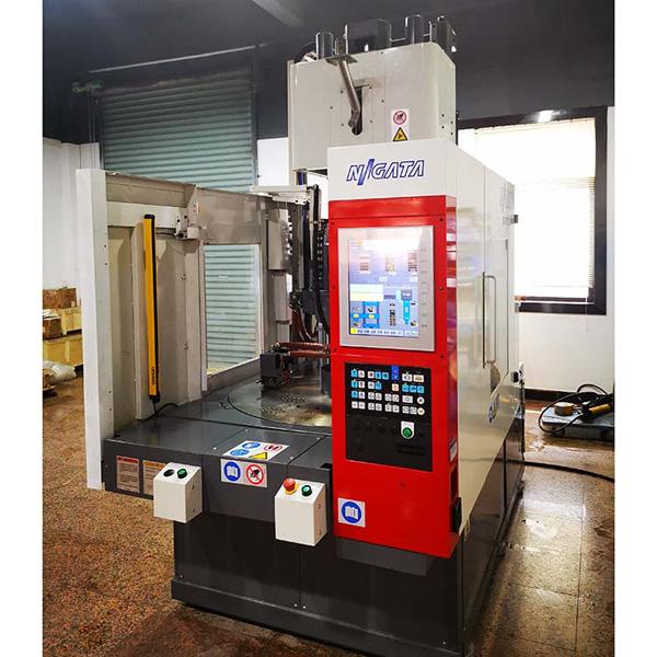 多色硅膠注塑機配件維修-智合雙色機注塑機價格