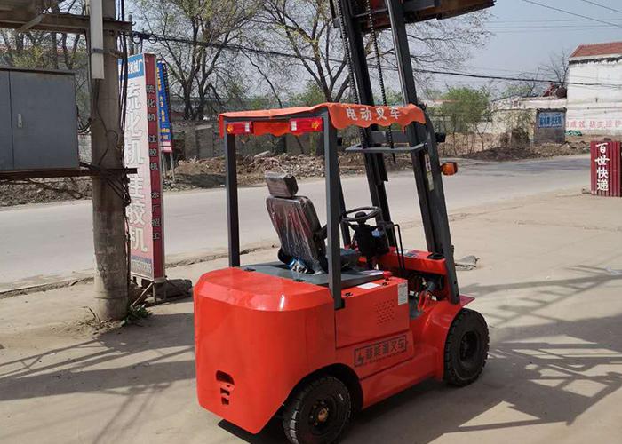 新能源電動叉車電話-云南新能源電動叉車-圣友機械電動叉車價格
