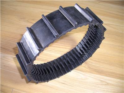 力维机械厂家直销、七台河橡胶履带、橡胶履带哪里好