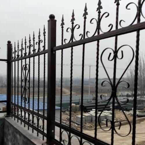 铸铁围墙优点 桂吉 围墙铸铁围墙施工方案 铸铁围墙护栏铸铁底座