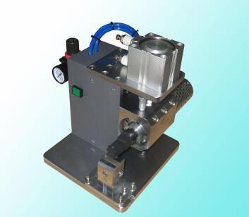 超声波金属焊机设备模具图片