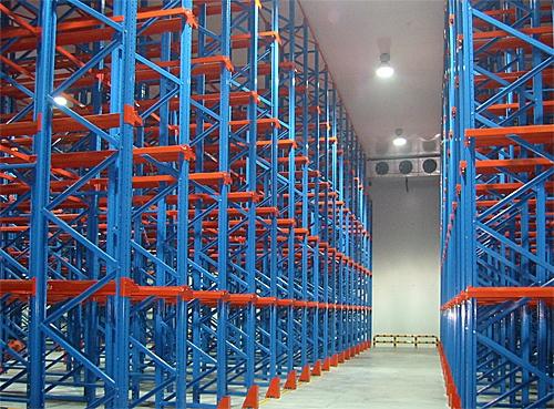 选购货架,百仕特(图)-驶入式货架厂-装配式驶入式货架