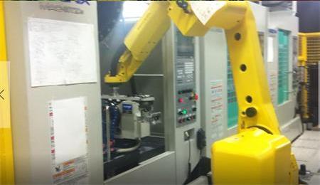 苏州紫冠灌装机(图)_发那科机器人_机器人