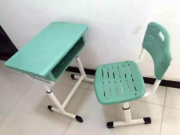 焦作学生课桌椅报价