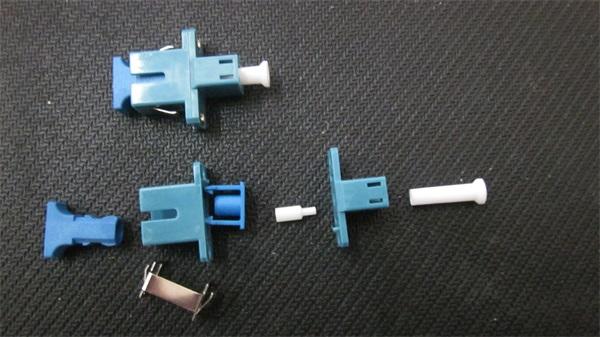 优质光纤适配器,合康双盛光电网络公司,什么是优质光纤适配器