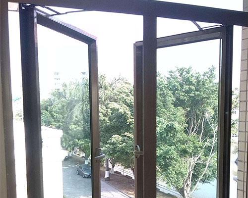 太原固定窗、太原老战友门窗、太原彩钢板固定窗