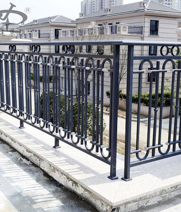 不锈钢阳台栏杆报价