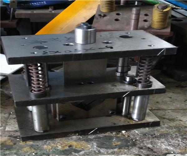 角钢剪断机、炬成机械、切断机