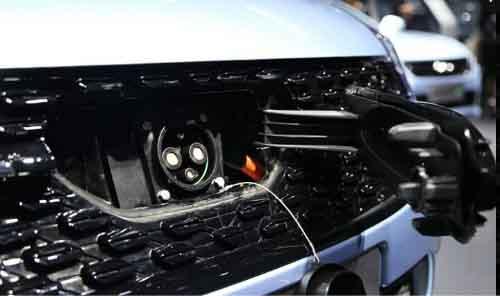 创美汽车贸易、金湖超越Smart的国产车