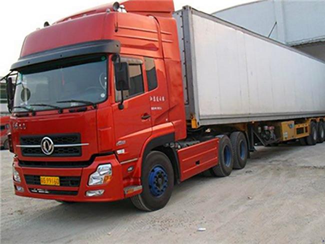 青岛集装箱运输车,集装箱运输,集装箱