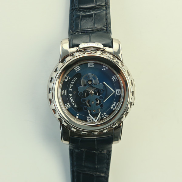二手雅典手表交易报价