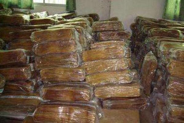 合成橡胶_郑州隆腾贸易(在线咨询)_合成橡胶