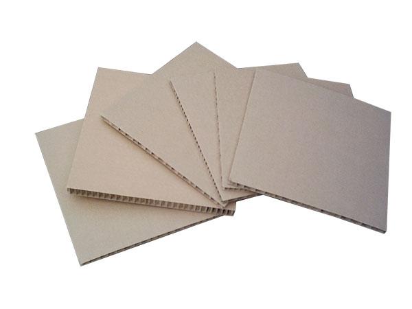 蜂窝纸板厂商、华凯蜂窝纸板(在线咨询)、蜂窝纸板