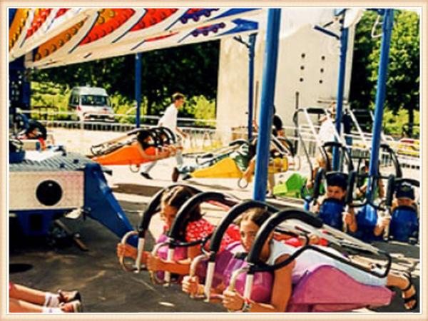 游乐设备风筝飞行,风筝飞行,童星游乐