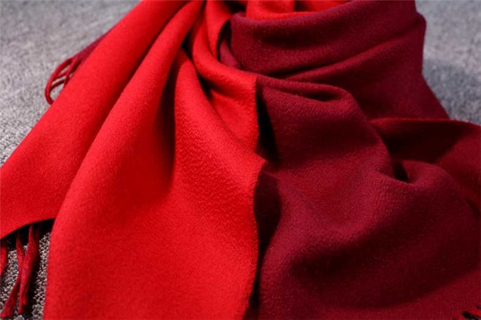 赤峰暖钰羊绒(图),秋冬女士羊绒围巾 针织围巾,羊绒围巾