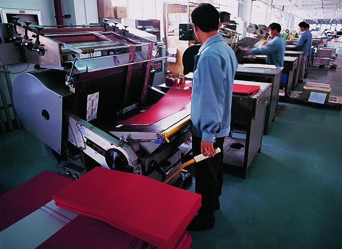 宣传册印刷,宣传册印刷注意事项,西安华谊印务宣传册印刷