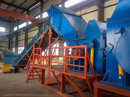 废钢,恒恩机械(在线咨询),油漆桶废钢破碎机
