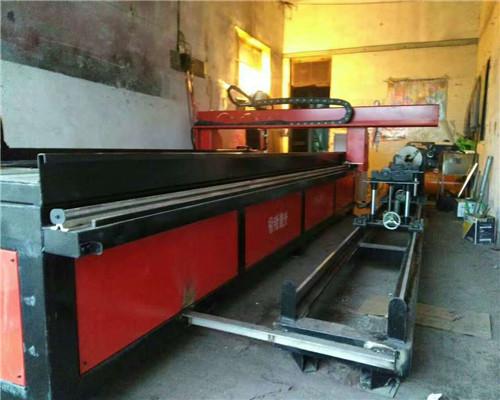 西藏切割机、红火焊割设备供应站、钢材切割机