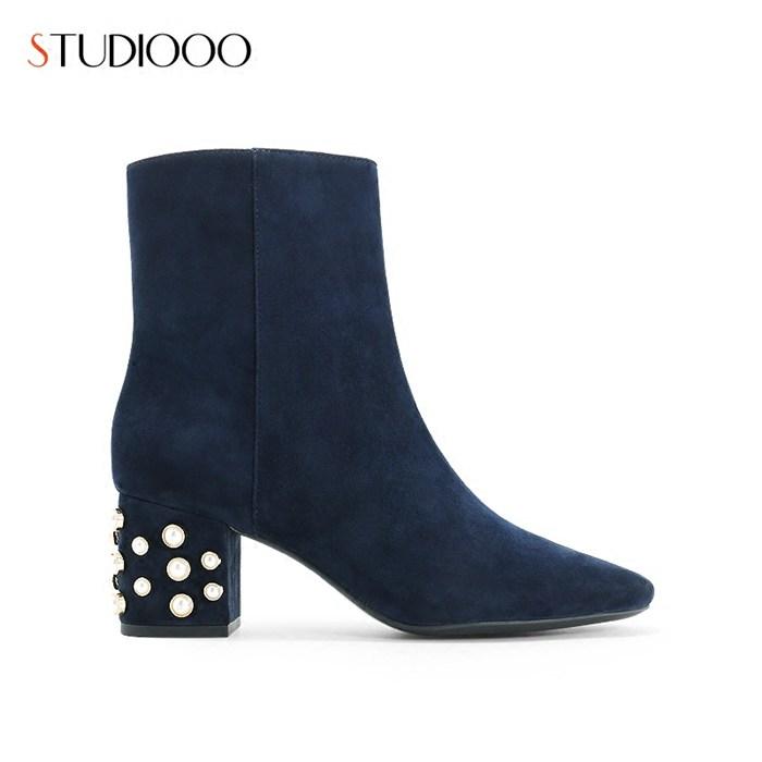 冬季流行靴子、炜炬鞋楦(在线咨询)、盐田区靴子