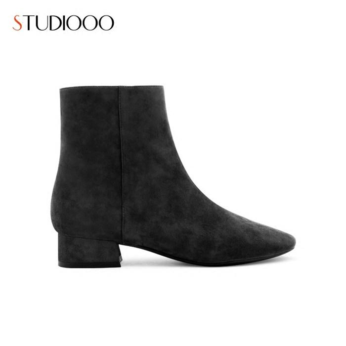 新款 时尚女靴短靴销售