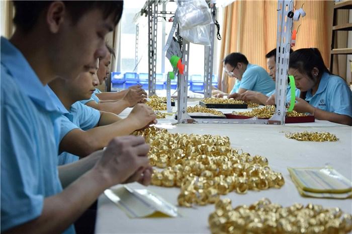 饰品工厂、套装饰品工厂、春晓首饰工厂(优质商家)