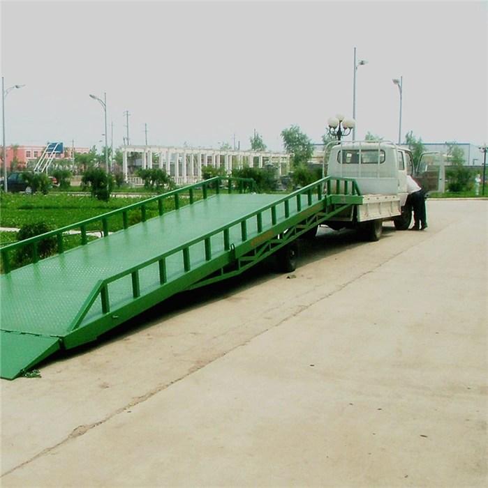 潛江移動式登車橋、移動式登車橋支腿型、北工機械現貨供應