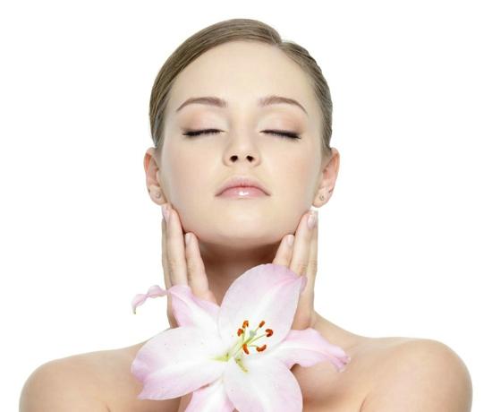 青春焕颜(图)|中年女性护肤保养品|护肤保养