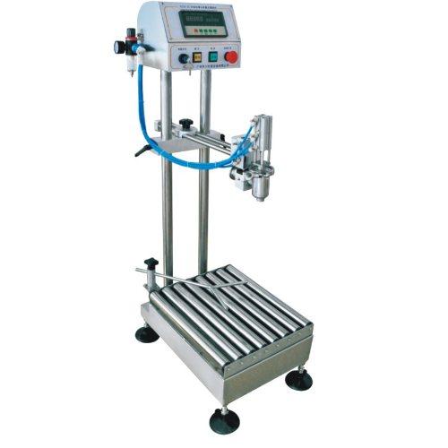 蜂蜜直线式灌装机 调料直线式灌装机定制 腾卓机械