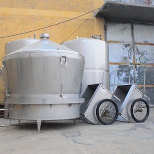 白酒不锈钢酿酒设备 久鼎 生料不锈钢酿酒设备报价