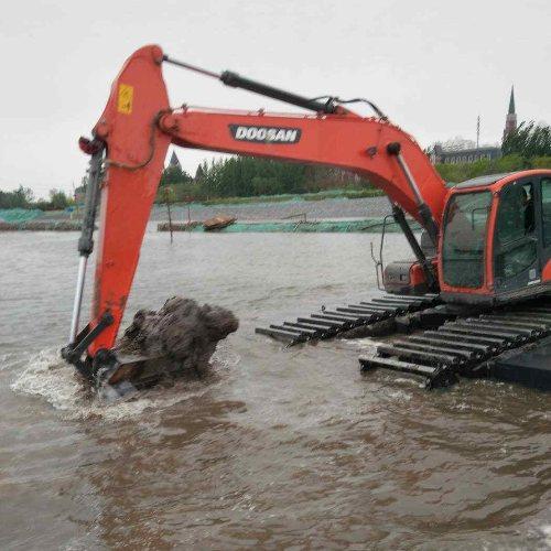 华放建设 水上挖机租赁出租 广西水上挖机租赁公司