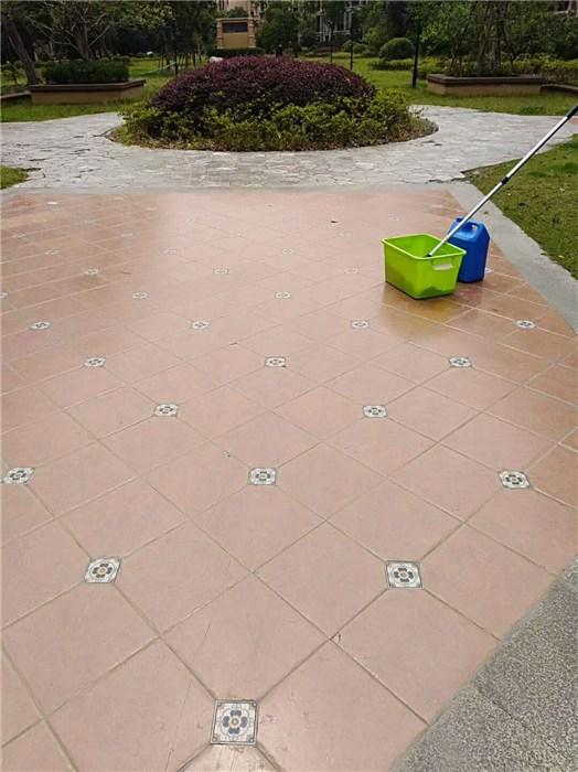 佳德丽防滑(图)-耐磨砖地面表面防滑吗-耐磨砖