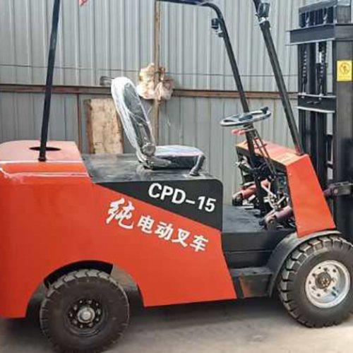 新型电动叉车维修 建泰 新型电动叉车专业制造