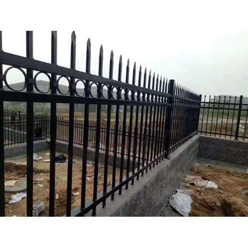 定制铸铁围栏品牌 铸铁围栏配件 平轩金属 供应铸铁围栏