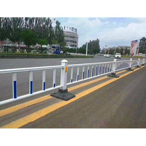 平轩金属 塑钢道路防护栏供应商 塑钢道路防护栏哪家好