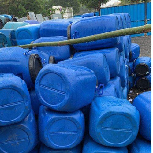 废旧化工桶收购报价 高价化工桶收购处理 标日昇