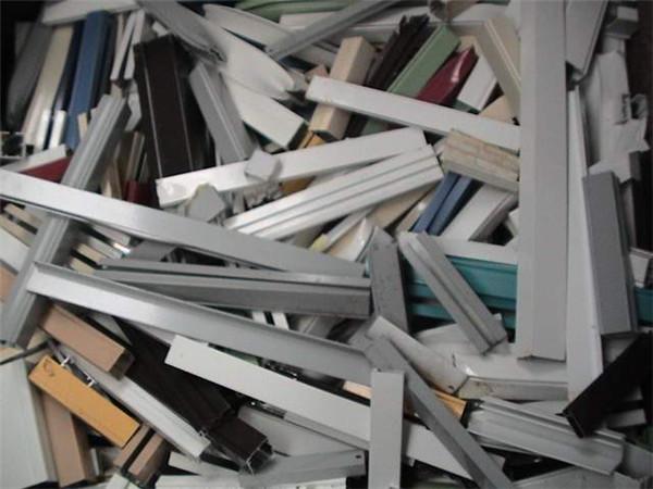 百货日用品回收-金华回收日用品-现代库存当场结算