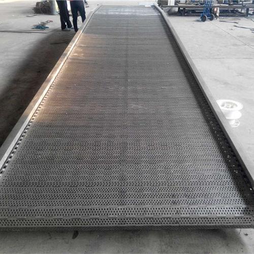 废钢链板输送机-泰州市链板输送机-卓远输送设备(查看)