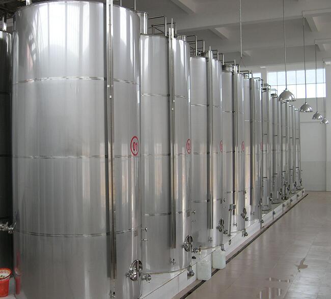 大型不锈钢储罐图片/大型不锈钢储罐样板图 (1)