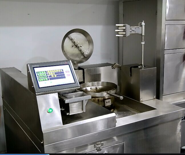 无需要人工的炒菜机、炒菜机、钜兆电磁炉(查看)