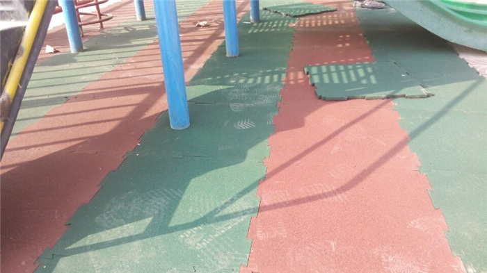 橡胶地板施工,橡胶地板,新鲁中塑胶铺设