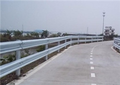 波形梁钢护栏图片/波形梁钢护栏样板图 (1)