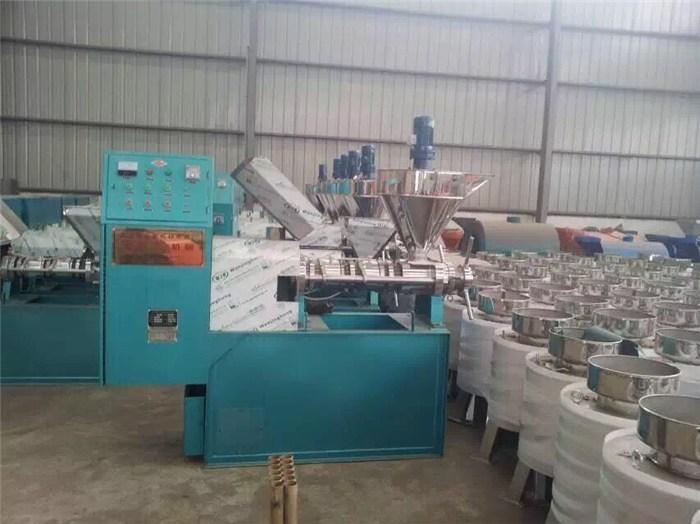 玉树藏族榨油机,名优产品,小型榨油机