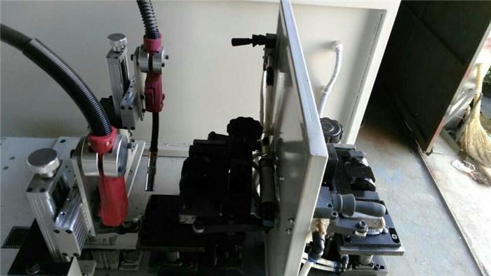 氧气瓶体焊接机,陕西瓶体焊接机,腾龙机械价格