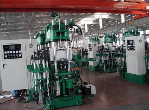 63吨框架硫化机_硫化机_黄河机械制造