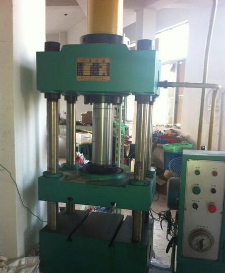 冶金液压设备厂_液压设备_黄河机械制造